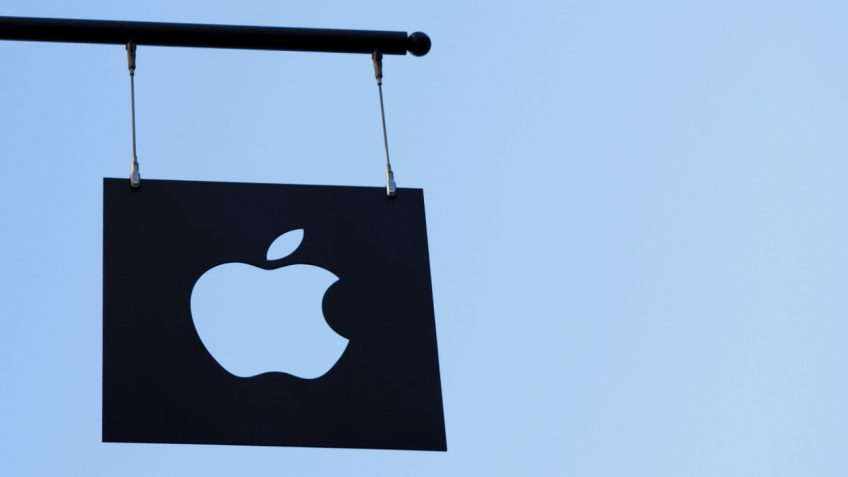 APPLE COULD LAUNCH A $5000 'GAMING' MAC SPECIFICALLY FOR E-SPORTS